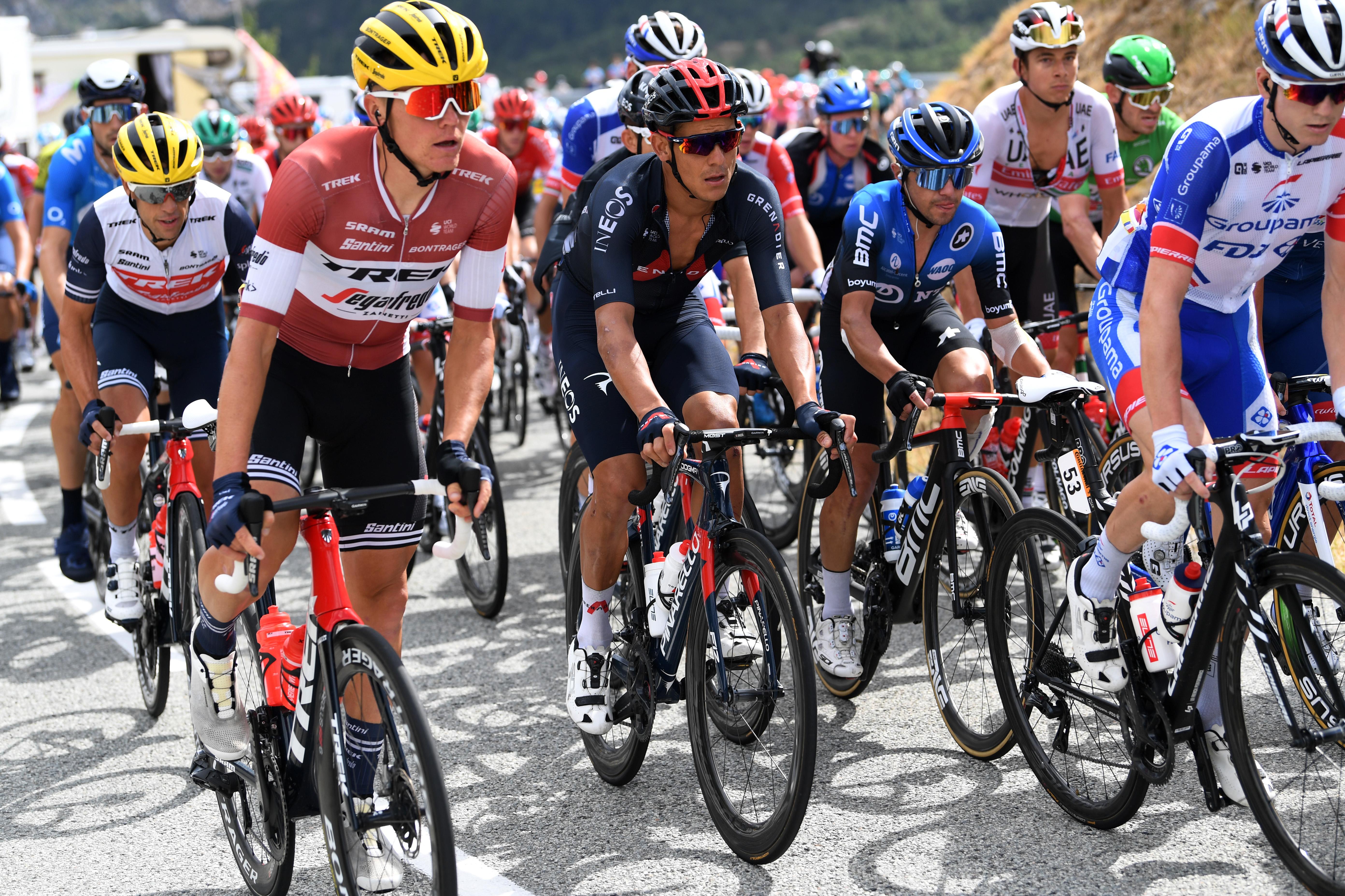 """""""Tour de France"""" otrajā posmā uzvar van der Pūls; Skujiņam kāpums kopvērtējumā"""