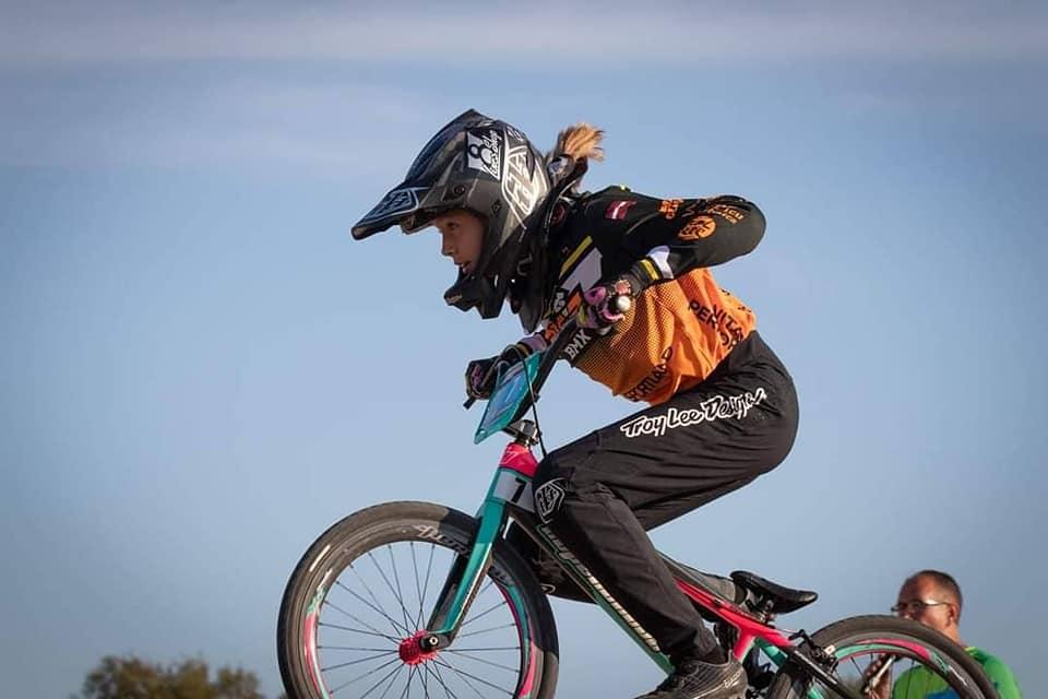 36 Latvijas sportisti Francijā aizvadīs UEC Eiropas kausa posmus BMX