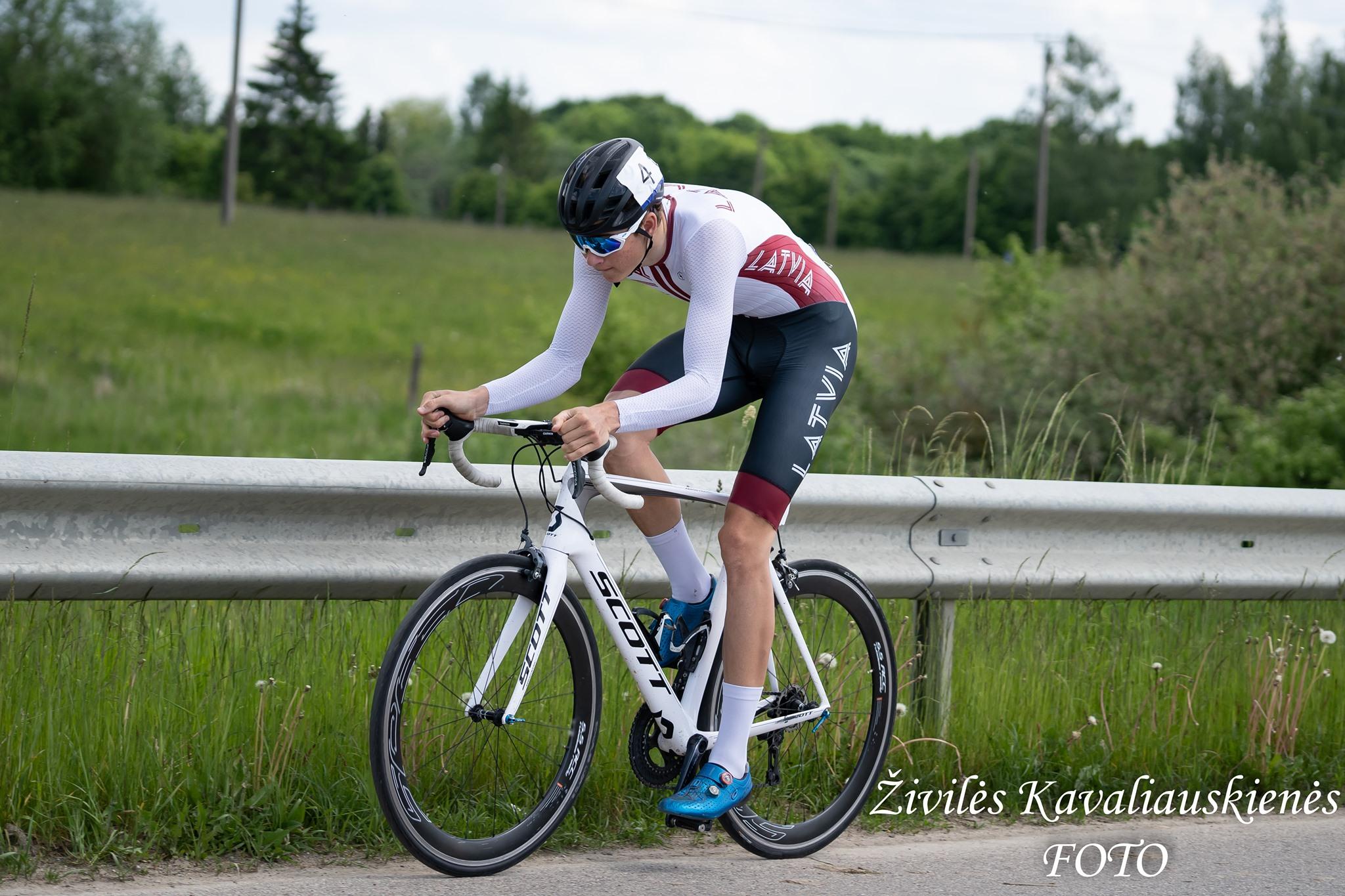 Krasts pasaules U23 čempionātā grupas braucienā finišē 90. vietā