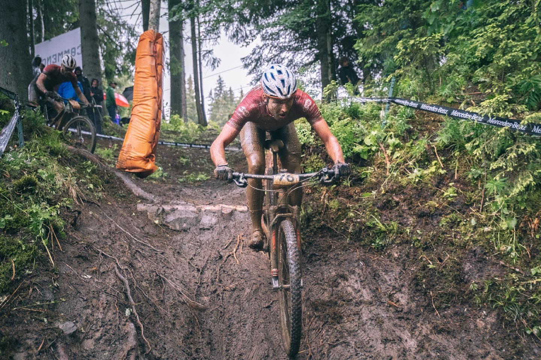 Blūms pēc kritieniem pirmajā aplī finišē 47. vietā Pasaules kausa Francijas posmā