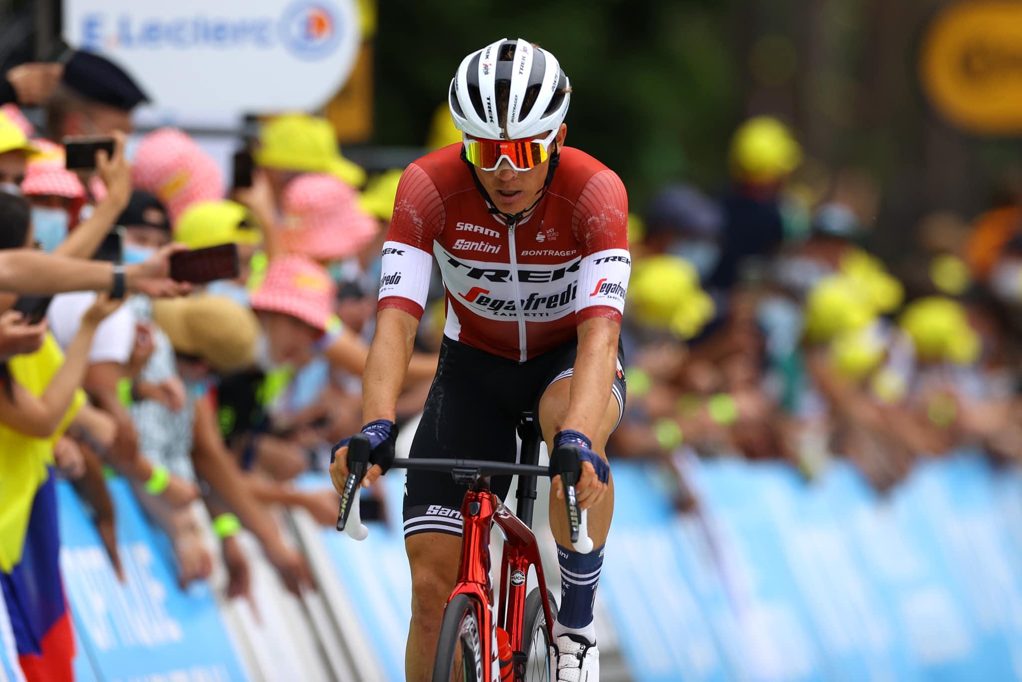 """Skujiņš iesaistās lielā atrāvienā un finišē 11. """"Tour de France"""" garākajā posmā"""