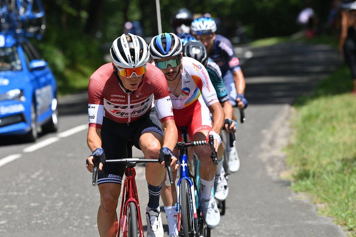 """Skujiņš izcīna septīto vietu """"Tour de France"""" 16. posmā"""