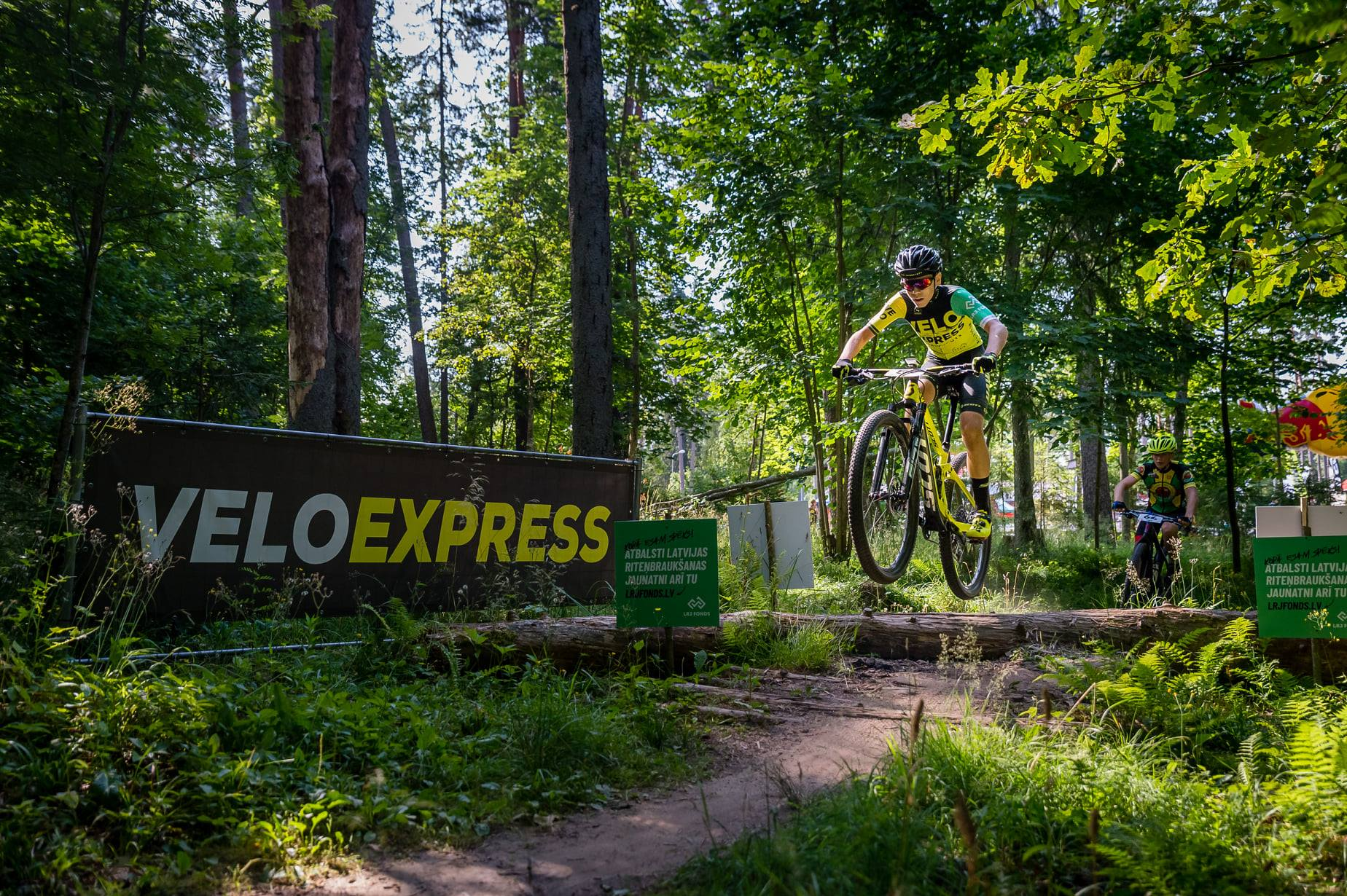 """""""VeloExpress"""" Latvijas čempionātā MTB maratonā super aizraujoša trase; sestdien oficiālā apskate"""