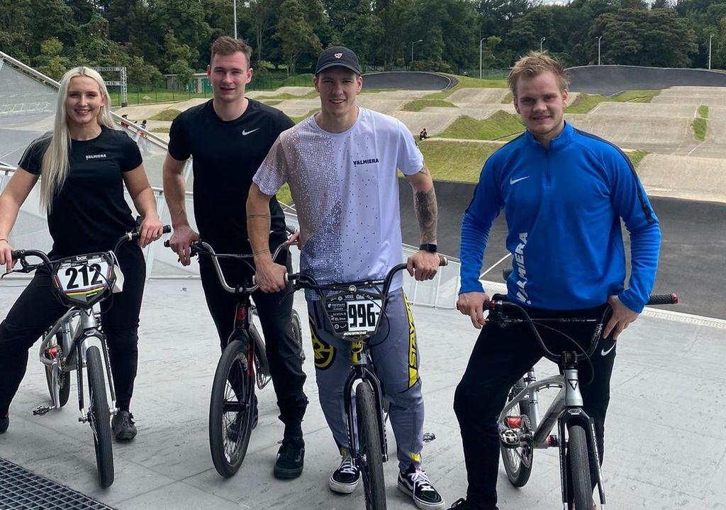 Latvijas BMX vadošie sportisti sestdien Kolumbijā uzsāks olimpisko sezonu